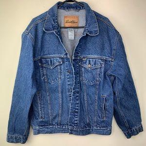 VTG Levi Strauss denim jacket, L